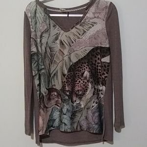Anthropology Akemi + Kin Long Sleeve Graphic Top